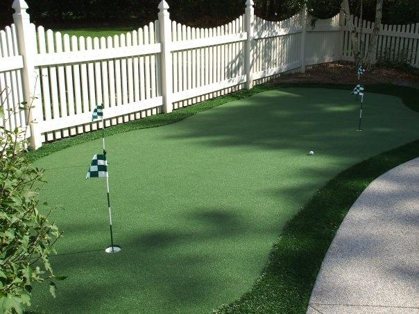 Backyard Turf Putting Green